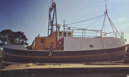 Former fishing trawler turned houseboat Albacore N303